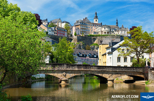 ve may bay di luxembourg