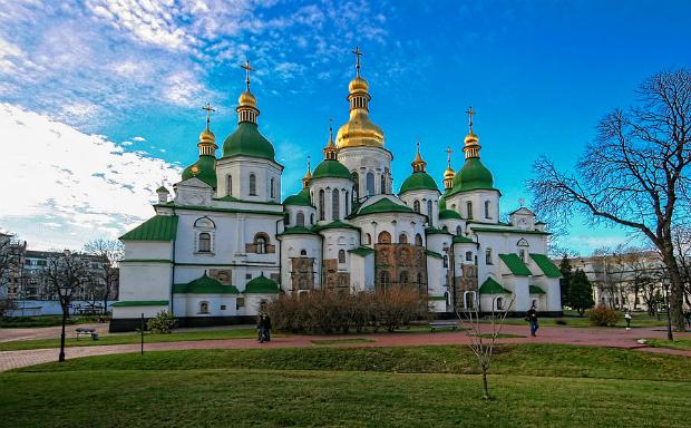 ve-may-bay-di-Kiev-Ukraine-17-10-2018-3