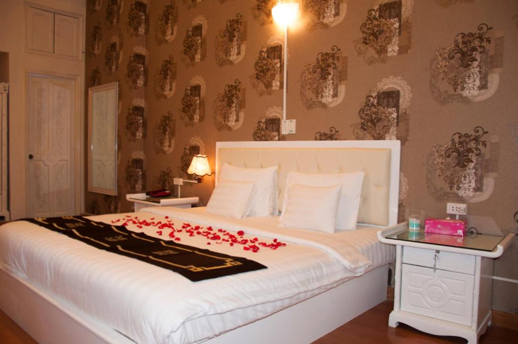Phòng superior Khách sạn A25 35 Mạc Thị Bưởi